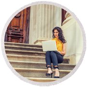 East Indian American College Student Studying In New York Round Beach Towel