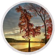 East Texas Autumn Sunrise At The Lake Round Beach Towel