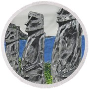Easter Island Stone Men Round Beach Towel