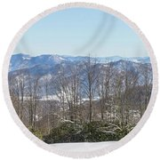 Easterly Winter View Round Beach Towel