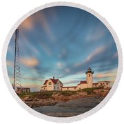 Eastern Point Lighthouse At Sunset Round Beach Towel