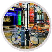 Round Beach Towel featuring the photograph Ed's Easy Diner Bicycle by Craig J Satterlee