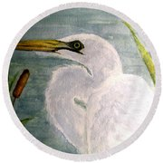 Egret In The Cattails Round Beach Towel