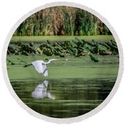 Egret Over Wetland Round Beach Towel