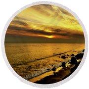 El Matador Beach Sunset Round Beach Towel