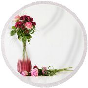 Round Beach Towel featuring the photograph Elegance by Wendy Wilton