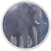 Elephant Facing Right Round Beach Towel