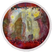 Energies And The Yellow Bird Round Beach Towel