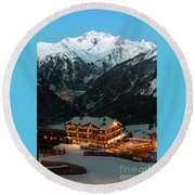 Evening Comes In Courchevel Round Beach Towel