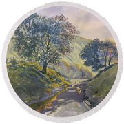 Evening Stroll In Millington Dale Round Beach Towel