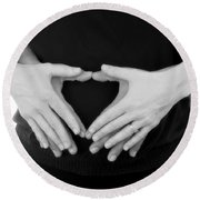 Expecting Love Round Beach Towel