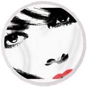 Eyes Of Lust Round Beach Towel