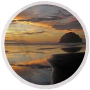 Face Rock Beauty Round Beach Towel