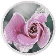 Faded Romance Round Beach Towel