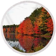 Fall Colors In Madbury Nh Round Beach Towel by Nancy Landry