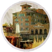 Fall In St Charles Round Beach Towel