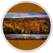 Fall On Springfield Lake Round Beach Towel