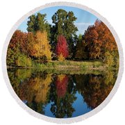 Fall On The Yakima River Round Beach Towel