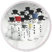 Family Of Snowmen Round Beach Towel