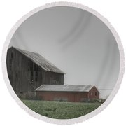 0011 - Farm In The Fog II Round Beach Towel