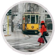 Fashionista In Milan, Italy Round Beach Towel
