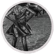 Fearless Girl And Charging Bull Nyc Round Beach Towel