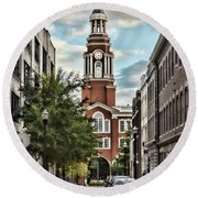 Federal Courthouse Knoxville Round Beach Towel