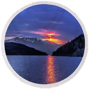 Fiery Sunset At Summit Cove Round Beach Towel