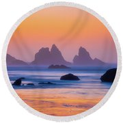 Round Beach Towel featuring the photograph Final Moments by Darren White