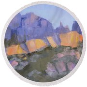 Finger Rock Round Beach Towel