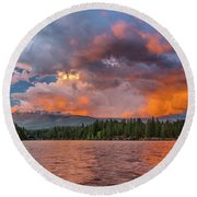 Fire Sunset Over Shasta Round Beach Towel