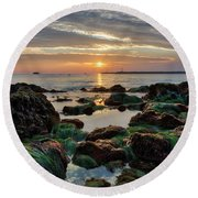 First Sunset Of 2018 Round Beach Towel