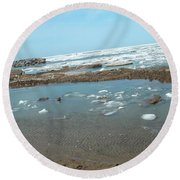 First Thaw Of Frozen Lake Erie Round Beach Towel
