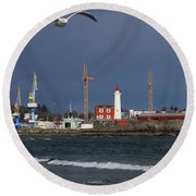 Fisgard Photobomber Round Beach Towel