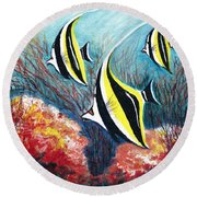 Moorish Idol Fish And Coral Reef Round Beach Towel