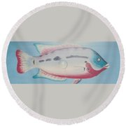Fishy In Ocean Round Beach Towel