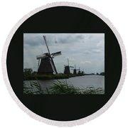Five Windmills In Kinderdijk Round Beach Towel