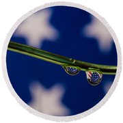 flag on a Wire Round Beach Towel