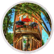 Flatiron Style Pickle Barrel Building Chattanooga Tennessee Round Beach Towel