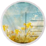 Floral In Blue Sky Postcard Round Beach Towel