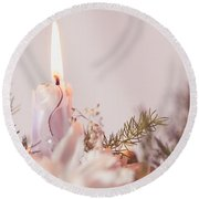 Flower Bouquet With Candle Round Beach Towel