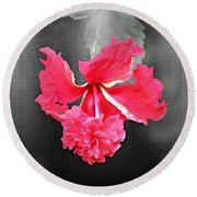 Focal Bw Red Hibiscus Multilayered Round Beach Towel