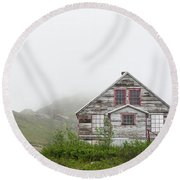 Foggy And Abandoned Round Beach Towel