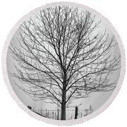 Foggy Lone Tree Hill Fine Art Round Beach Towel