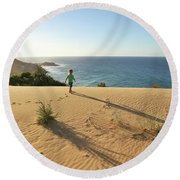 Footprints In The Sand Dunes Round Beach Towel