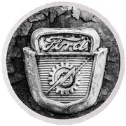 Ford Emblem On A Rusted Hood Verticle Round Beach Towel