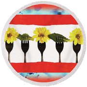 Forks And Flowers Round Beach Towel