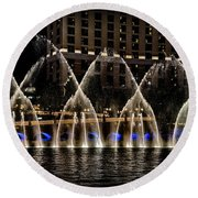 Fountain At Bellagio 4 Round Beach Towel