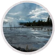 Fountain Paint Pot Area Round Beach Towel