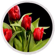 Four Tulips Round Beach Towel
